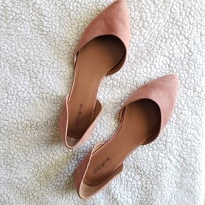 Indigo Rd. Rose Suede Style Flats Size 10